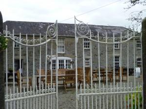 D courtyard gates