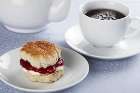 na Tea and scone
